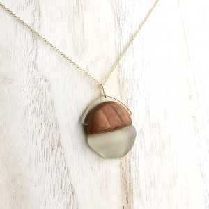 Pemaquid Pendant – Butternut and White Sea Glass